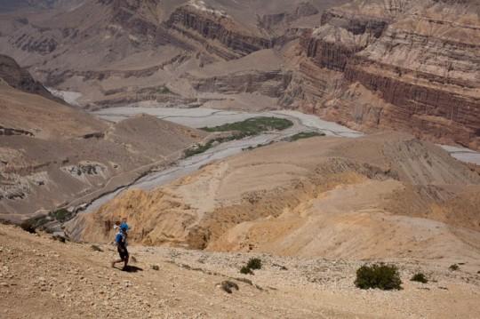 Descent towards Chuksang