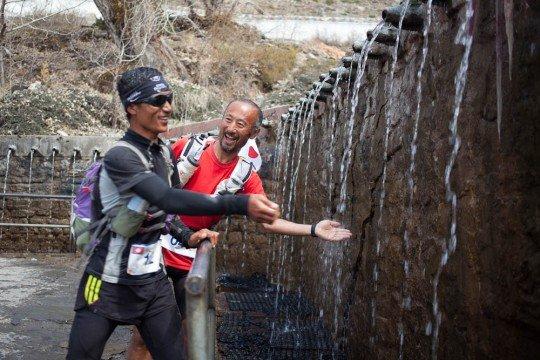 ryoichi sato japan runner at muktinath nepal