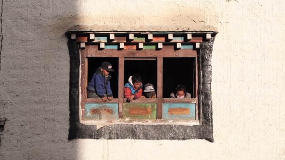 teeji-lo-manthang-mustang-nepal-locals-house